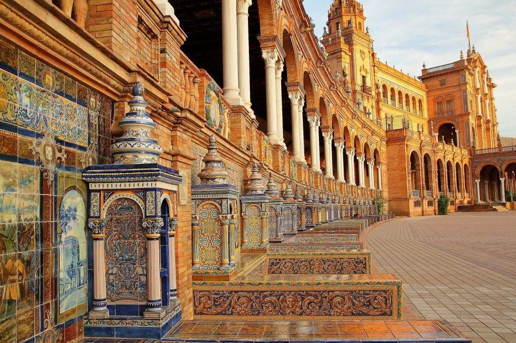 Spain-Square-Maria-Luisa-Park-Seville-Spain