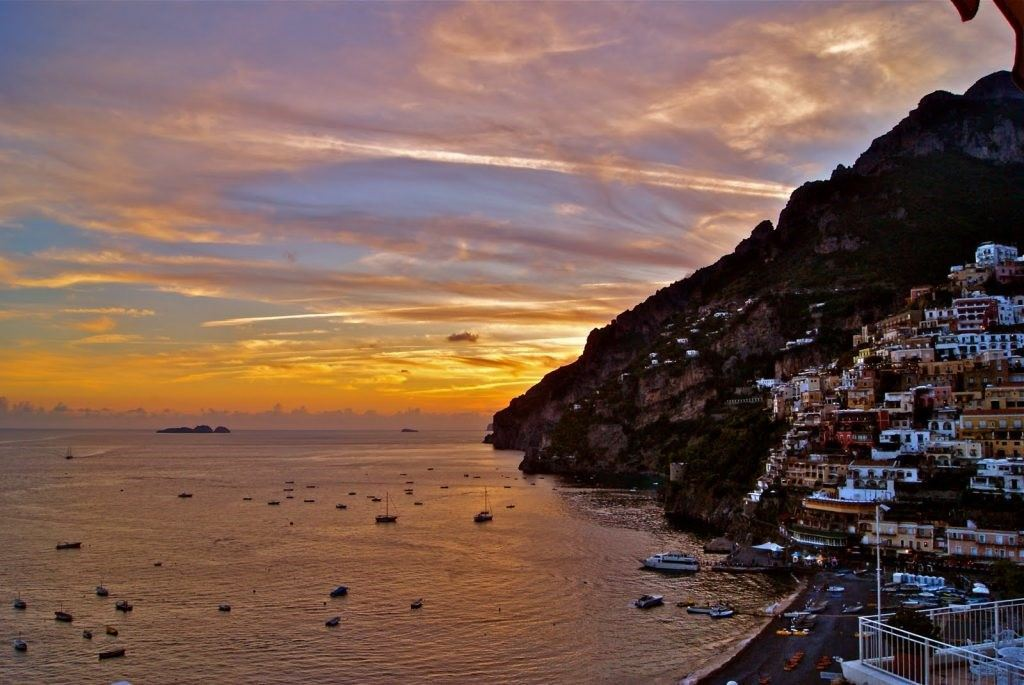 sunset-in-positano