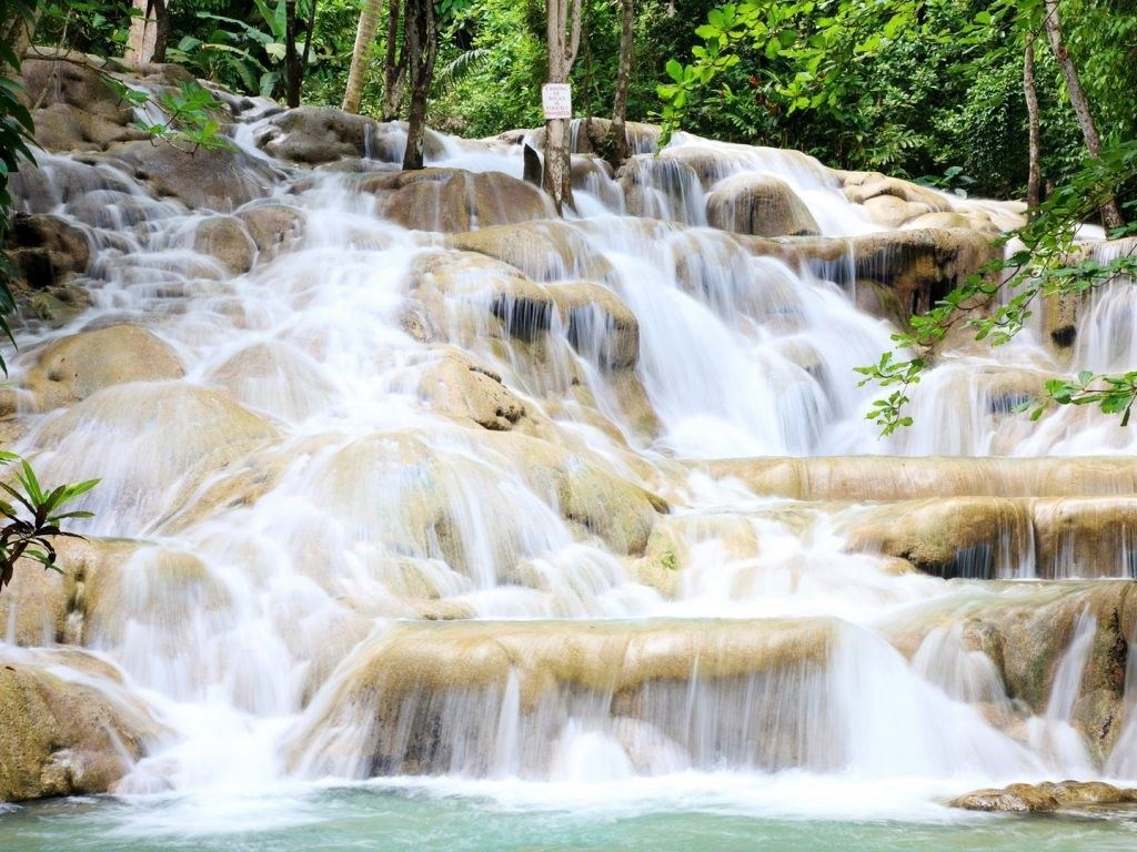 jamaica-Dunns-River-Falls-GettyImages-184316856