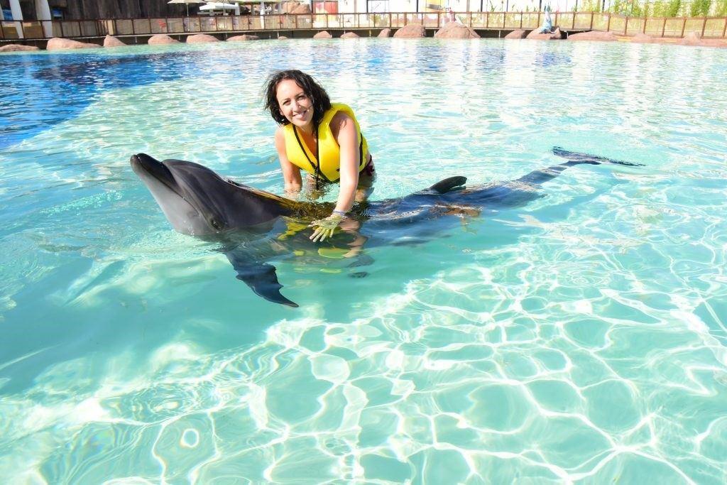înotul cu delfinii în Aquapark-ul Land of Legends din Antalya3
