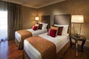 sejur in Dubai la hotelul Jumeirah Zabeel Saray