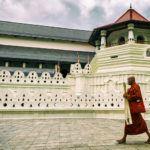 Oraşul Kandy, Templul Dintelui Sacru şi Grădina Botanică