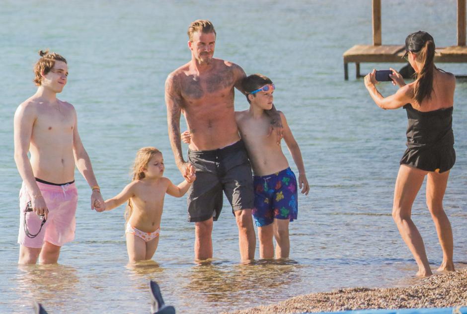 Beckhams in Mykonos, Grecia