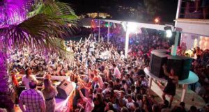 sejur Mykonos, Grecia, club Paradise2