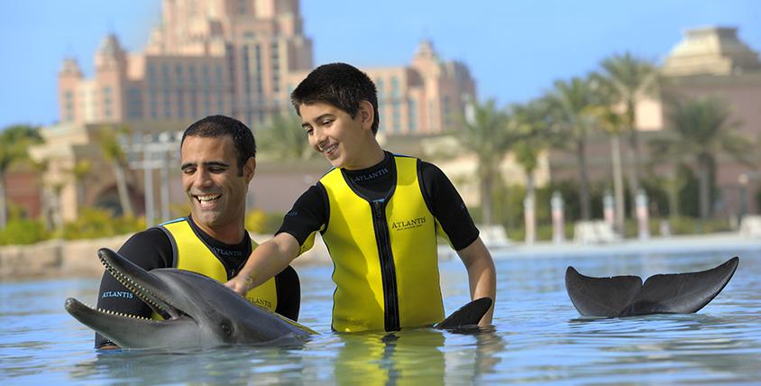 înotul cu delfinii la Atlantis the Palm Dubai
