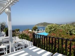 Vedere de la restaurantulWhite View, Skiathos, Grecia