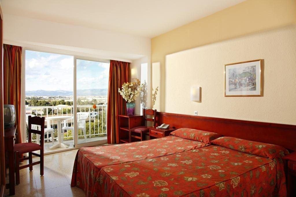Hotel Roc Linda. Vacanță în Mallorca