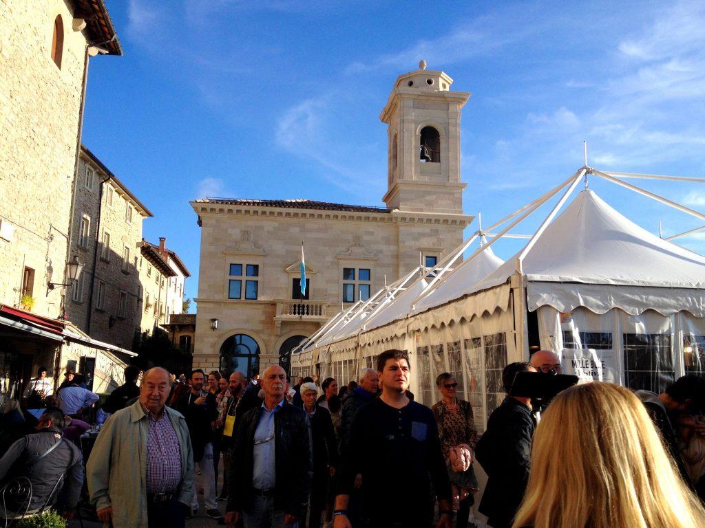 Piazza della Libertà - San Marino, ANCAPAVEL.RO