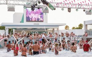 Riu Republica pool party