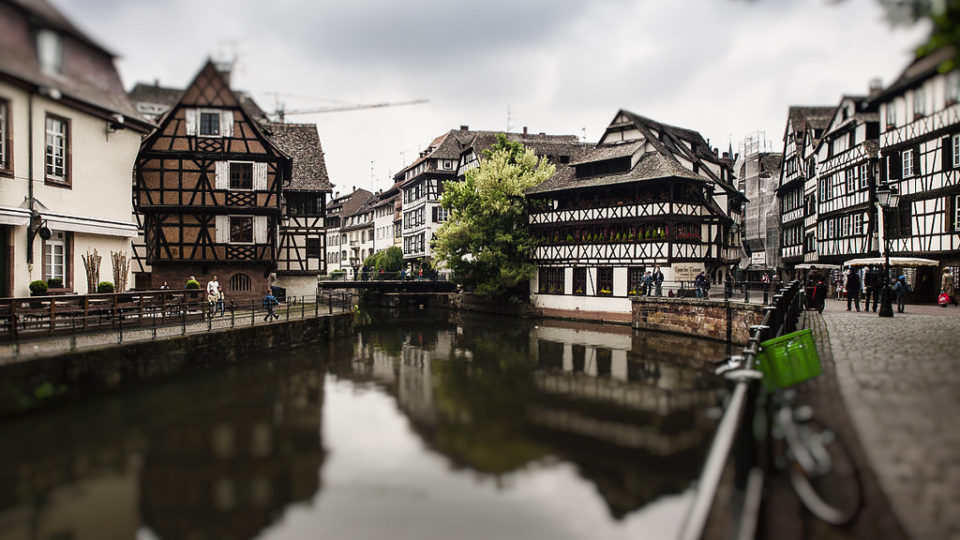 Cauta? i omul Strasbourg Cauta? i o femeie de nunta franceza