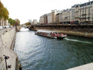 Obiective turistice din Paris - Plimbare pe Sena