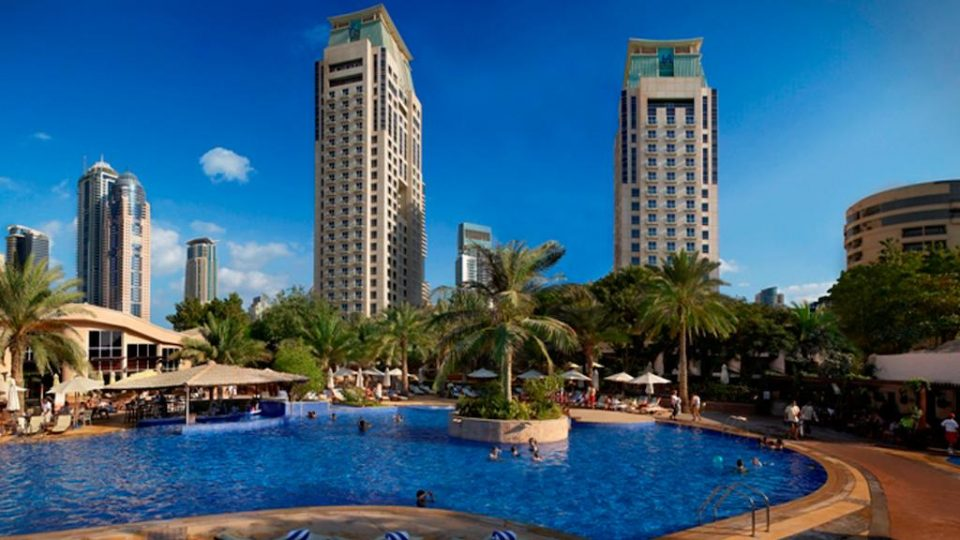 vacanta Dubai, Hotel Habtoor Grand Resort