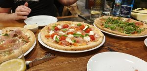 Pizzeria Tutti Santi, Varşovia - ANCAPAVEL.RO
