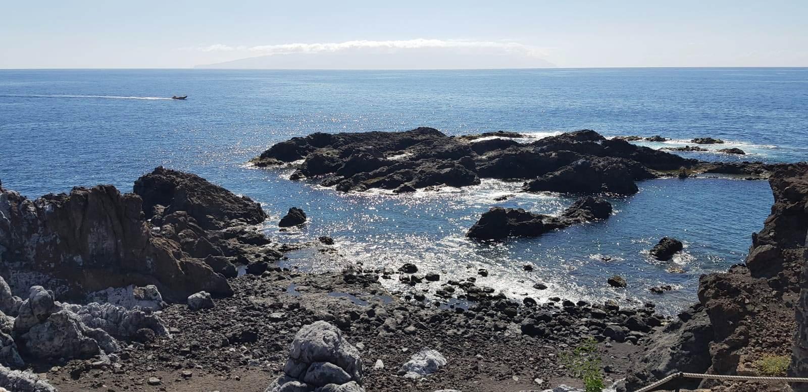 Plajele din Tenerife - vacantele turistilor - ANCAPAVEL.RO