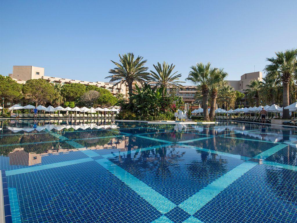 Crystal Tat Beach Golf Resort & Spa, Antalya