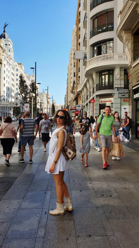 Vacanţă în Madrid, ANCAPAVEL.RO
