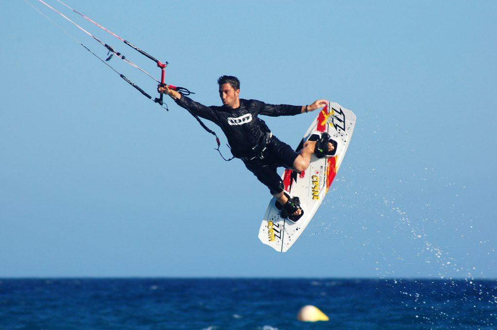 echipament kiteboarding