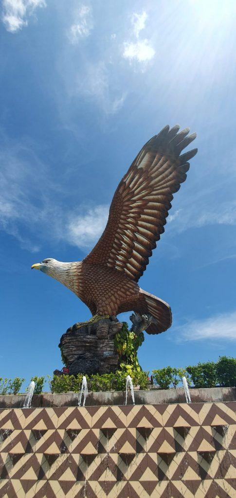 Vulturul, emblema insulei Langkawi, Malaezia
