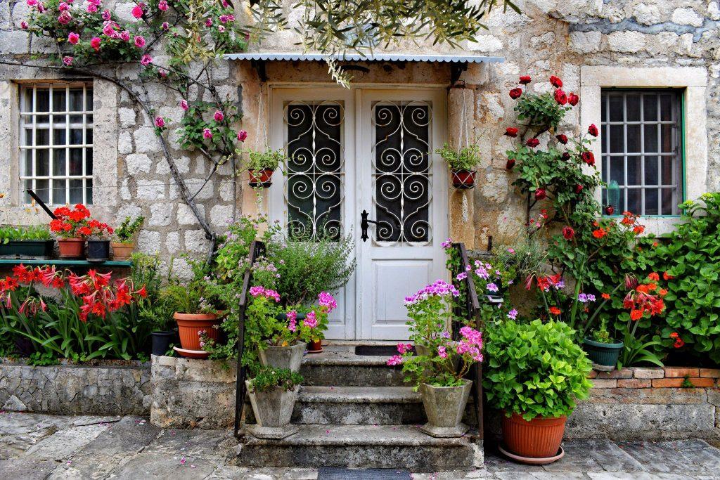 vacanță romantică în Kotor Bay, Muntenegru
