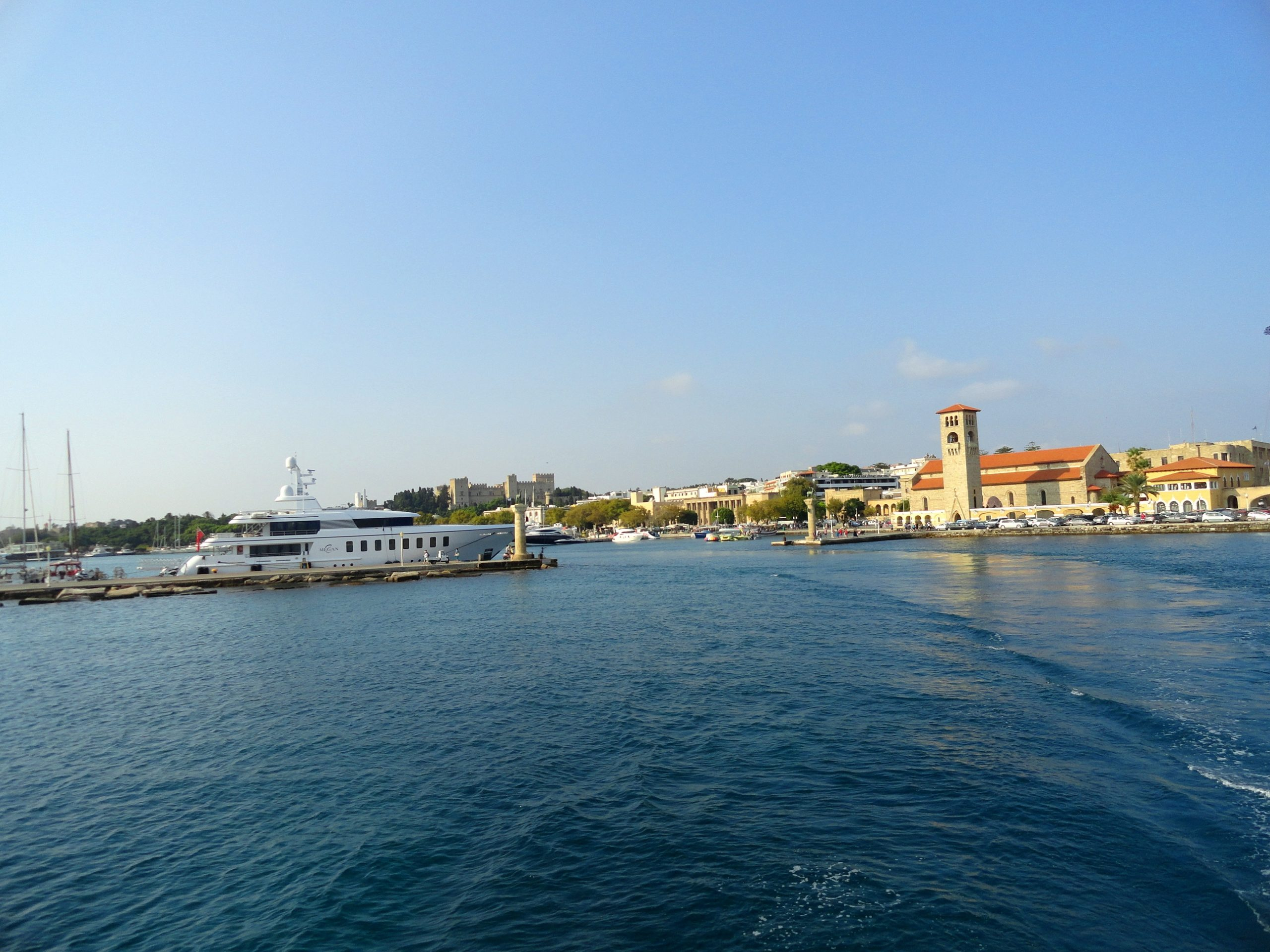 Vacanţa turiştilor în Rodos, foto @ANCAPAVEL.RO