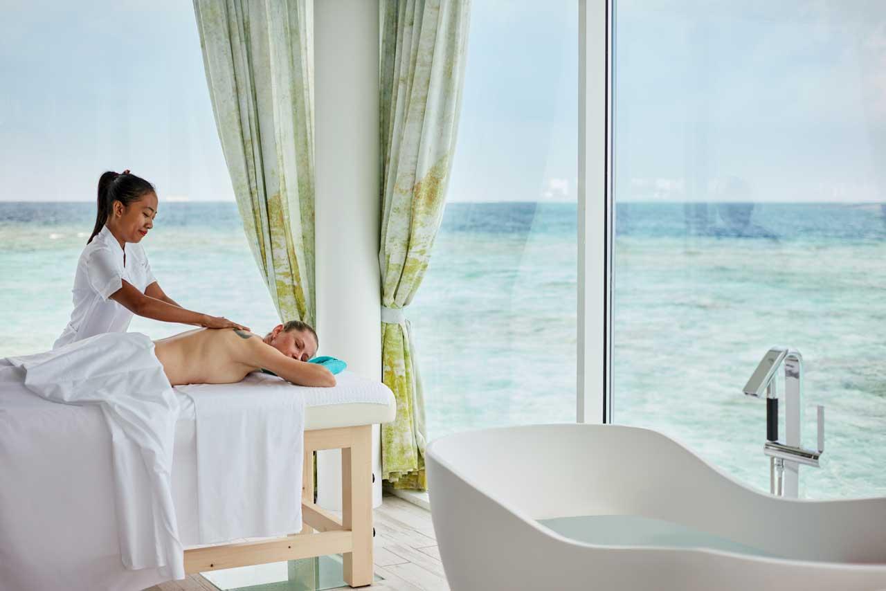 Adeptul relaxării totale: sejur Maldive, foto Sejur Maldive, foto @luxresorts.com/en/maldives/hotel/luxnorthmaleatoll